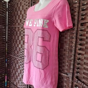 PINK teen T-shirt very nice chest glitters